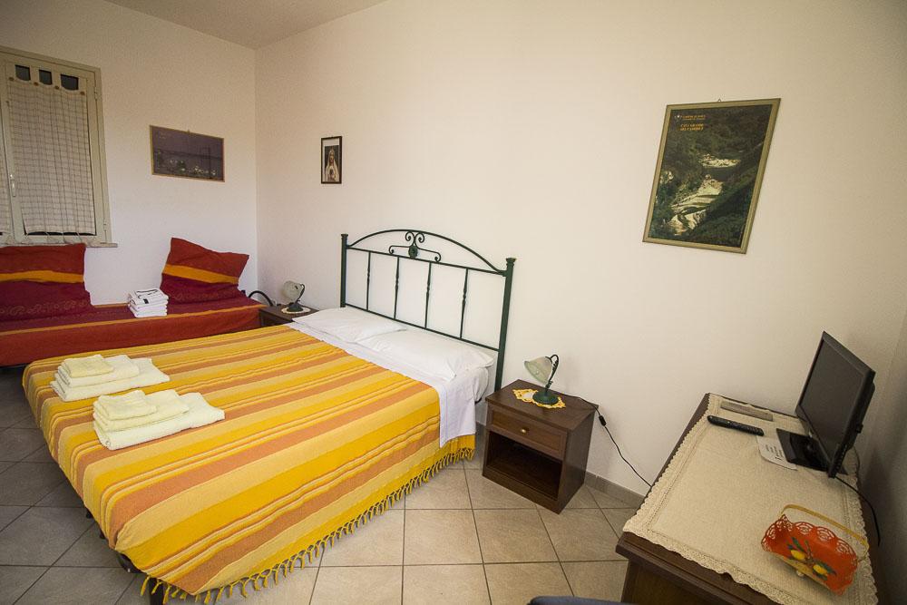 Alfeo_appartamento_Noto Sole di Sicilia_ casa vacanze_noto_marina_calabernardo_sicily holydays_2_10