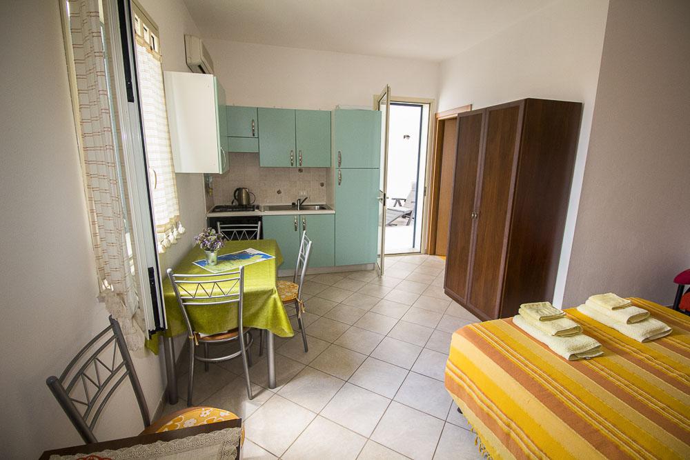Alfeo_appartamento_Noto Sole di Sicilia_ casa vacanze_noto_marina_calabernardo_sicily holydays_2_3