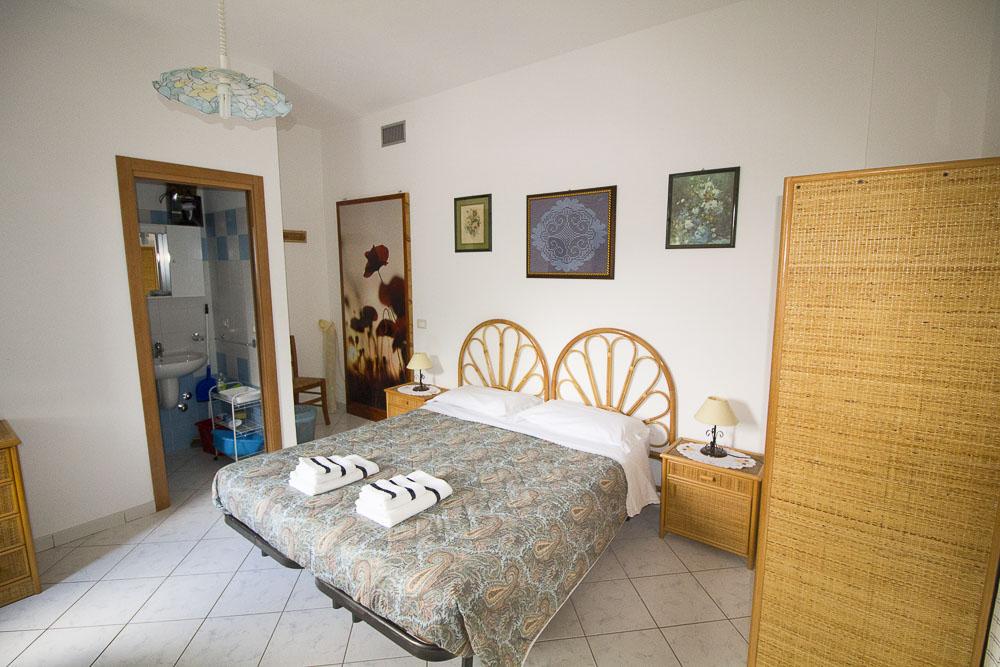 Sirena_camere_a_noto_marina_monolocale_Noto Sole di Sicilia_ casa vacanze_noto_marina_calabernardo_sicily holydays_2_4
